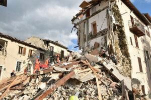 """이탈리아 중부 규모 6.2  강진 발생… """"마을 절반이 사라졌다"""""""