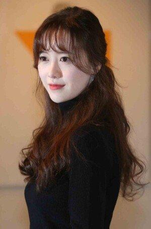 구혜선, 배우 감독에 이어 작가까지.. 개인전 '다크 옐로우' 열다