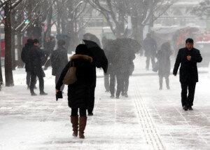21일 서울 등 중부지방 또 눈…적설량은 1cm 내외