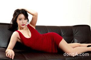 [VS포토] 섹시하고 귀여운 신인 레이싱 모델 '소이'