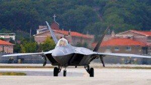 미전투기 F-22 랩터 시범 비행 서울ADEX 17일 개막