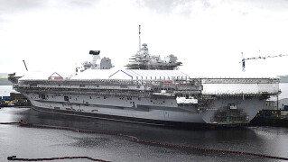 영국 최대 항공모함 '퀸엘리자베스'호<br>길이만 약 284미터…성능은?