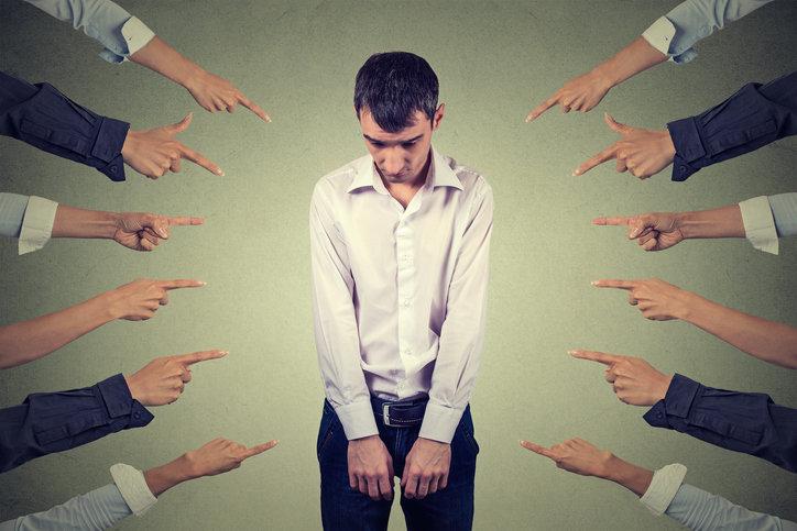 미국 직장에서 만연한 괴롭힘, 그리고 해결책