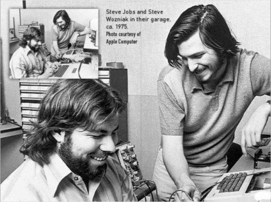 애플 공동 창업자 스티브 잡스와 워즈니악 행보 가른 건 \