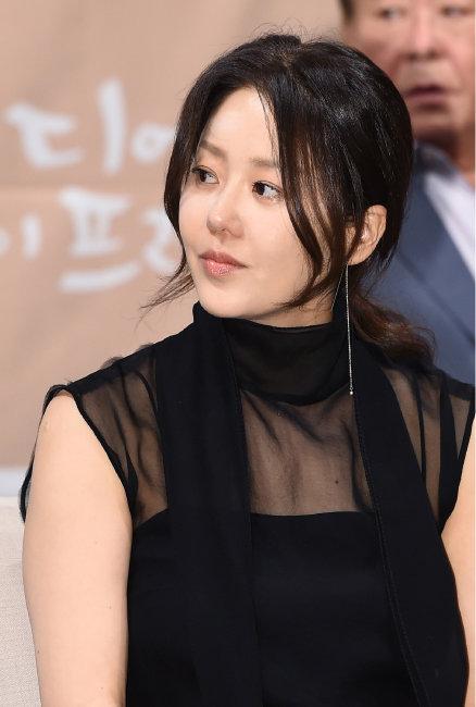 'ME TOO' 응원 열기 활활 알바노조 언더조직에 분노