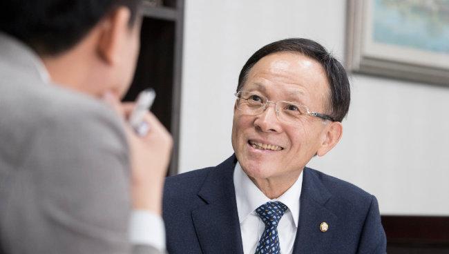 이수혁 의원은 25년 북핵 협상의 산증인이다. [지호영 기자]