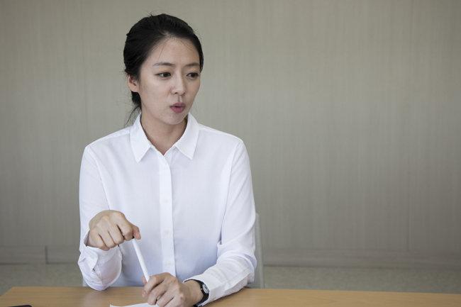 '신동아'와 인터뷰 중인 배현진 자유한국당 송파을 국회의원 재보궐선거 예비후보. [조영철 기자]