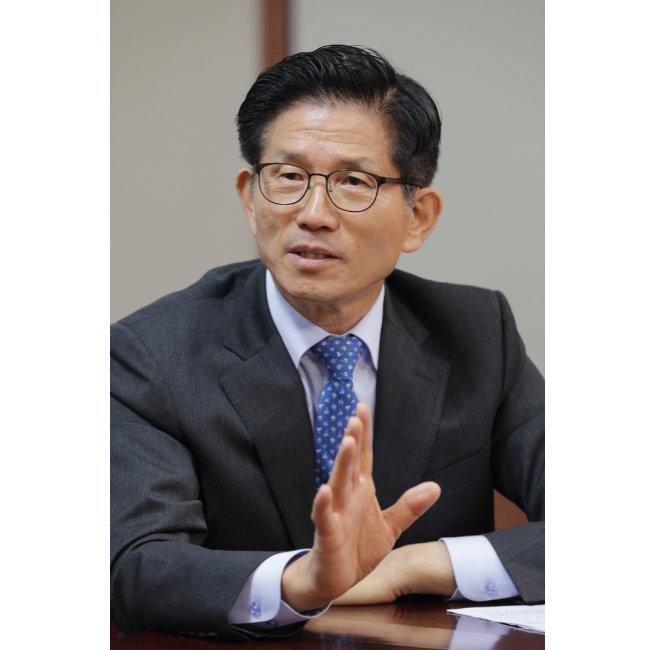 김문수 자유한국당 후보 . [박해윤 기자]