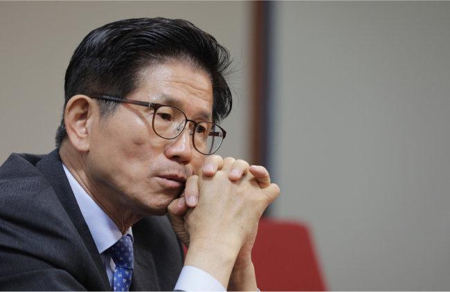 """김문수 후보는 """"교통체증을 해소하고 서울을 항구도시로 만들겠다""""고 말한다. [박해윤 기자]"""