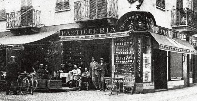 70년 전 페레로 그룹의 모태가 된 이탈리아 알바의 파스티세리아 제과점. [페레로 한국지사 제공]