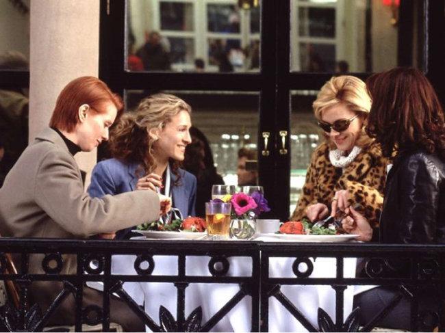 미국 뉴욕에 사는 알파걸들의 이야기를 다룬 미국드라마 '섹스앤더시티'의 한 장면. [HBO홈페이지]