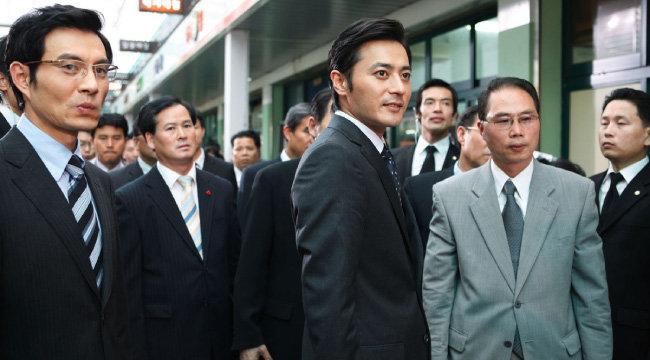 장동건이 대통령으로 출연한 영화 '굿모닝 프레지던트'의 한 장면.