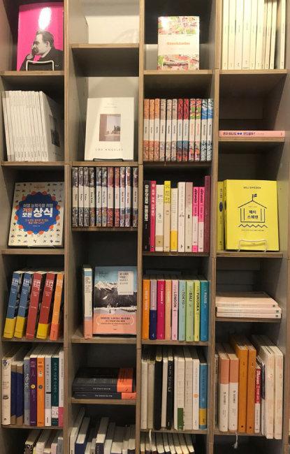 젊은 독자 파고드는 서울 동네 '독립서점'