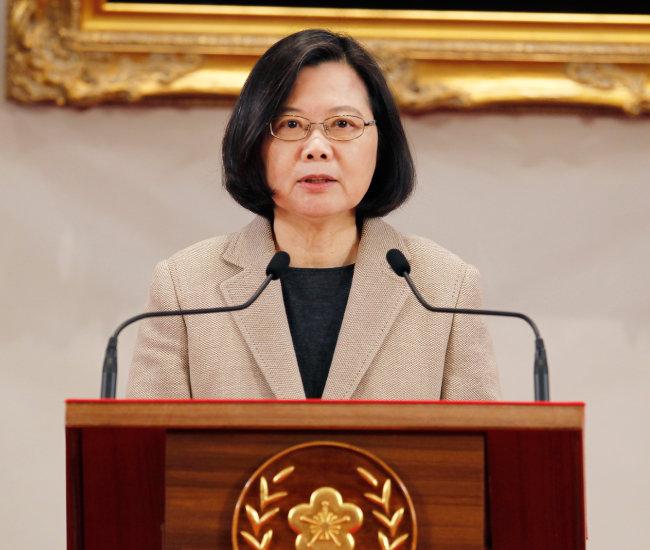차이잉원 대만 총통이 1월 1일 신년사를 발표하고 있다. [AP]