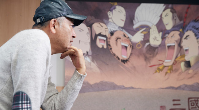 이현세 씨 작업실 벽에는 '만화 삼국지' 등 주요 작품 그림이 걸려 있었다. 이씨는 조만간 이 공간을 접고 '인생 2장'을 준비할 예정이다. [홍중식 기자]
