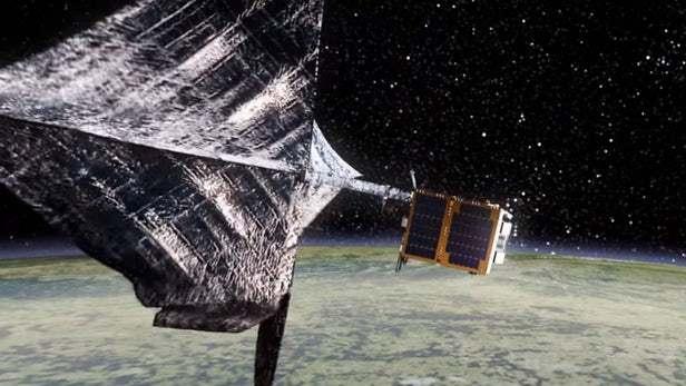 스페이스X, 7500톤 우주 쓰레기 문제 해결할 \