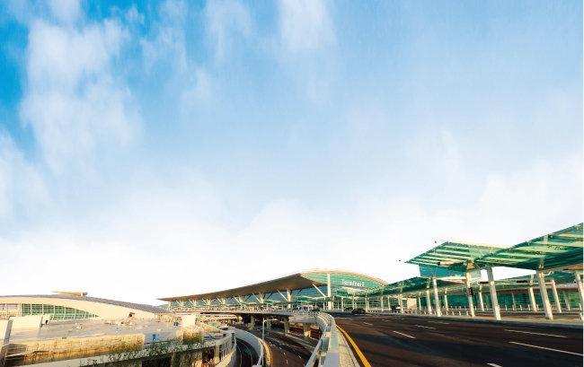 2018년 1월 18일 개항하는 인천국제공항 제2여객터미널 전경. [사진 제공·인천국제공항공사]