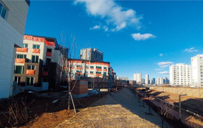 3월 5일 동탄2신도시 외곽지역 모습. 인기척을 찾기 어려웠다.