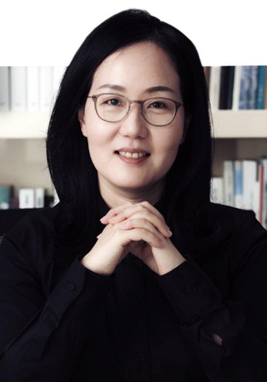 자유한국당 김현아 의원은 한국건설산업연구원에서 20년간 일한 경력 덕분에 국회 유일의 부동산 전문가로 꼽힌다. [박해윤 기자]