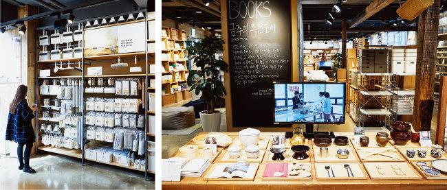 '무인양품' 신촌점은 각 층마다 다양한 볼거리와 즐길 거리가 가득하다. 책을 구매할 수 있는 '무지북스'와 개성 있는 스탬프를 이용할 수 있는 '스탬프존'이 있다. 이외에도 '자수공방'에서 자수 서비스를 받거나 '커피스탠드'에서 커피를 마실 수도 있다. [홍중식 기자]
