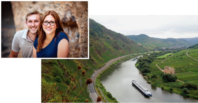킬리안과 앙겔리나 프란첸. 칼몬트 밭은 모젤강 왼쪽 깎아지른 듯한 절벽에 자리하고 있다(왼쪽부터). [사진 제공 · 나루글로벌]