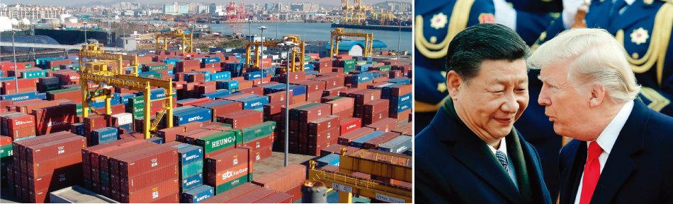 화물선에 실릴 컨테이너들이 인천항 야적장에 쌓여 있다(왼쪽). 도널드 트럼프 미국 대통령(오른쪽)과 시진핑 중국 국가주석. [사진 제공·인천항만공사, 동아DB]
