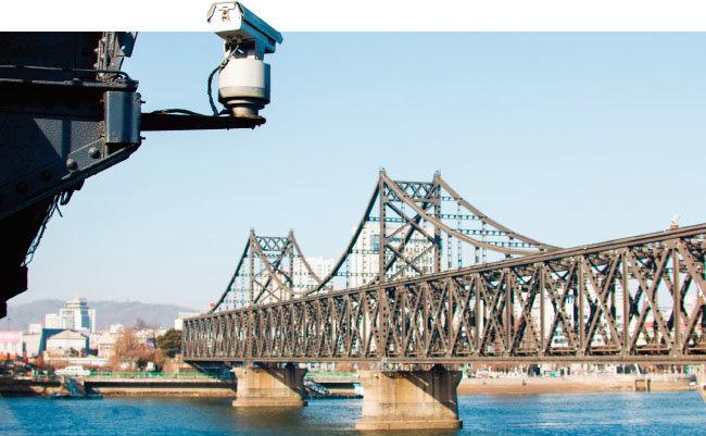 북한과 중국을 연결하는 단둥철교. [shutterstock]
