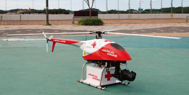 '메디컬 드론'으로 변신한 소형 엔진 헬기 '루펠'. [사진 제공 · 프리뉴]