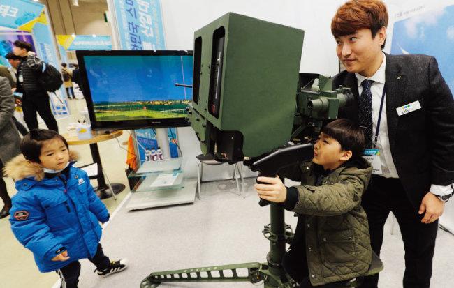 LIG넥스원의 휴대용 지대공 유도무기 신궁(神弓).