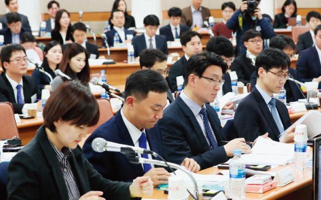11월 19일 열린 전국법관대표회의는 1표차로 사법농단 의혹 판사에 대한 탄핵을 대법원장에게 요구하기로 의결했다. [뉴시스]