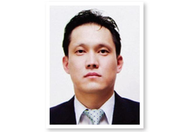 사법농단 의혹 판사들에 대한 탄핵을 의결한 전국법관대표회의를 탄핵해야 한다는 글을 올린 김태규 울산지방법원 부장판사.