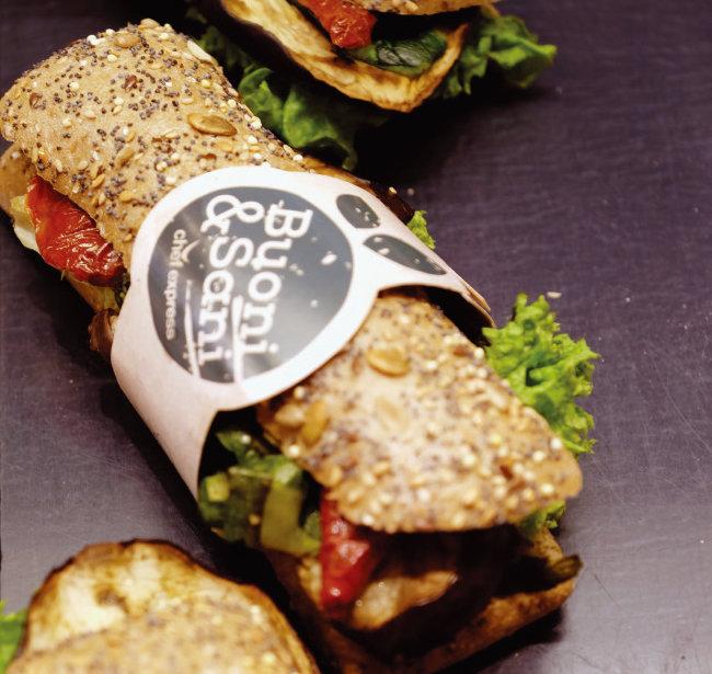저마다 맛이 또렷한 샌드위치들. [사진 제공·김민경]
