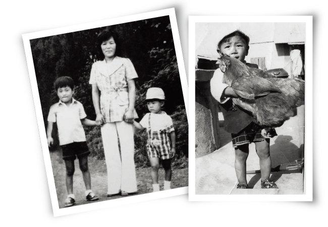 어린 시절 사고를 당하기 전 어머니, 형과 찍은 사진(왼쪽). 토종닭을 맨손으로 들 정도로 어린 시절 박씨는 활달한 아이였다. [사진 제공 · 박대운]