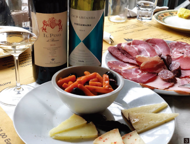 3 볼게리의 에노테카에서 즐긴 애피타이저와 비스타마레, 일 피노 와인. [사진 제공 · 김상미]
