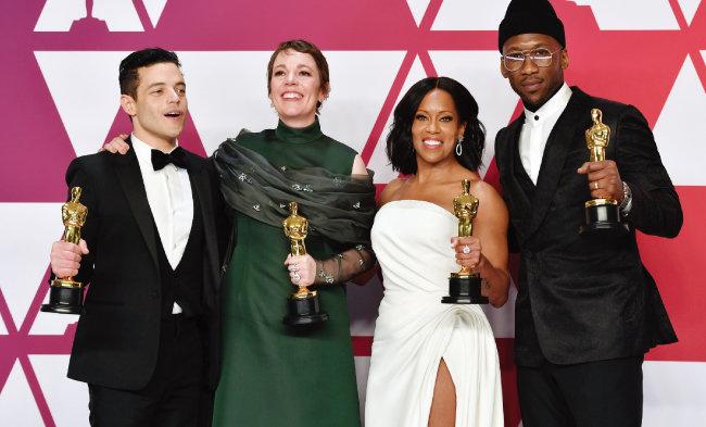 미국 로스앤젤레스 돌비극장에서 열린 '제91회 아카데미 시상식'에서 남녀주·조연상을 수상한 라미 말렉, 올리비아 콜먼, 리자이나 킹, 마허샬라 알리(왼쪽부터). [AP=뉴시스]