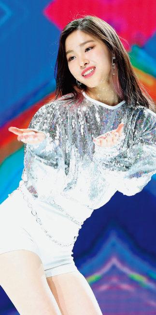 류진 - 2001년 4월 17일 서울 163cm 한림연예예술고 재학 [뉴시스]