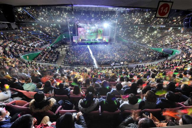 국제위러브유운동본부가 11월 26일 서울 잠실실내체육관에서 개최한 제18회 새생명 사랑의 콘서트 현장. 국제위러브유운동본부 제공