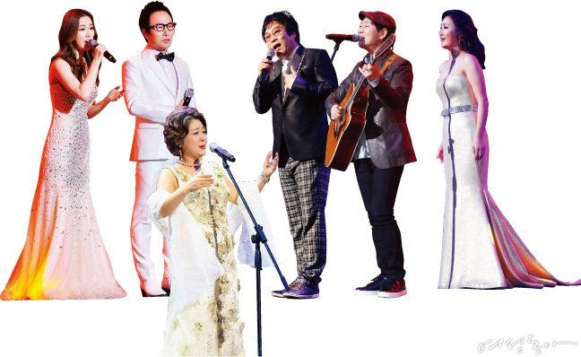 왼쪽부터 리아킴, 김종환, 박미혜, 이용, 이승훈, 한경미.