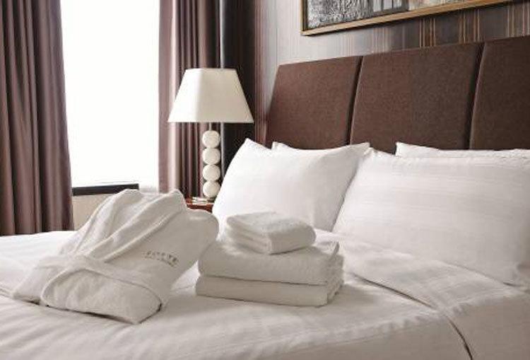 호텔방 수건은 뭐가 다른가? 투숙객들이 수건을 팍팍 사용하는 이유