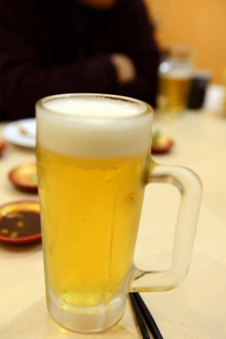 청소년기 '술' 많이 마시면 기억력에 중요한 뇌 작아진다