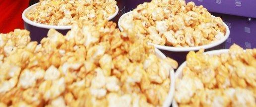 영화관 팝콘·콜라세트, 1일 당함량 기준치 2/3 이상