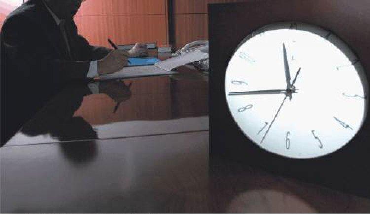 하루 10시간 이상 앉아 일하면 당뇨병 위험 1.6배