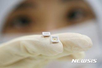 LG이노텍, 세계 최초 칫솔 살균용보다 70배 강한 자외선 LED 개발