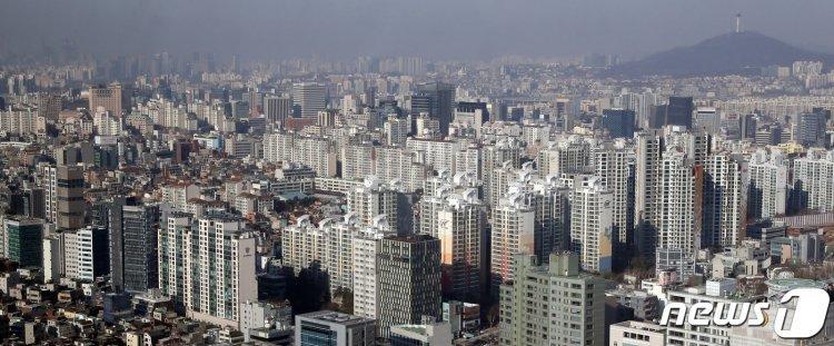 '집 살 때 아니다'…서울 아파트 전·월세 거래 역대 최대