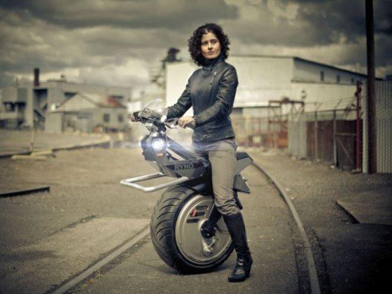기존 오토바이는 잊어라 인기 절정 모터사이클 10종은 비즈n