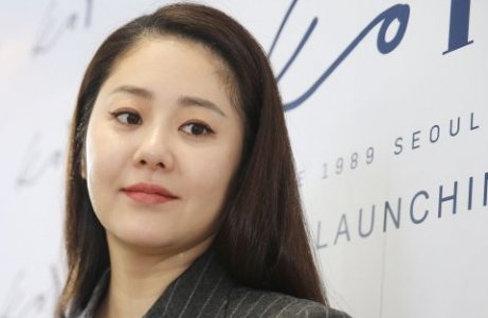 """고현정, 손발에 3도 화상 """"최대한 빨리 드라마 촬영 복귀"""""""
