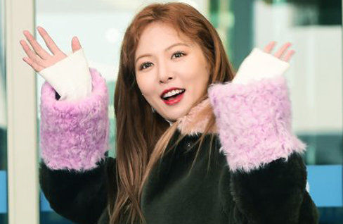 """현아 측 """"혼성 유닛으로 5월 컴백"""""""