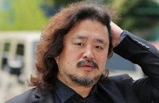 방송인 김어준 따라다니며직장난입·폭행 30대, 징역 8개월