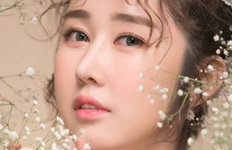 성은채, 13세 연상 중국 사업가와 결혼한·중·네팔서 결혼식