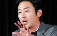 """하정우 """"최연소 1억 배우?운 좋았다…쑥스러워"""""""